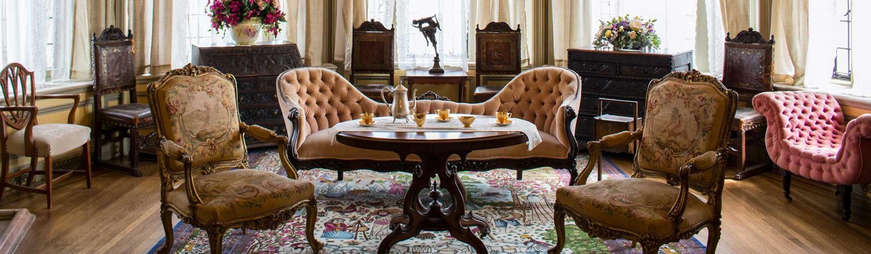 Скупка старинной мебели