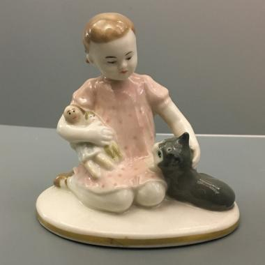 Фарфоровая скульптура «Игра» ЛФЗ